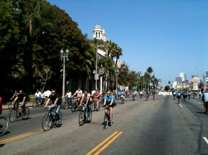 Angelenos ride down Figueroa Street during CicLAvia on October 7, 2012. Photo by Adonia Lugo.
